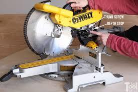Dws779 Dewalt Miter Saw Review Her Tool Belt