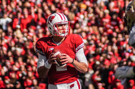 Bumbaca: Legacy debate about Joel Stave won't affect how he views his  career · The Badger Herald