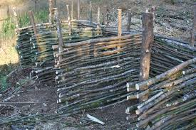 39 Best Fencing Design Ideas For Inspiration To Lok Out For Your Home Compost Compost Bin Fence Design