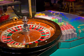 Gambling 101: Would a new Philly casino be a 'train wreck'? - On ...