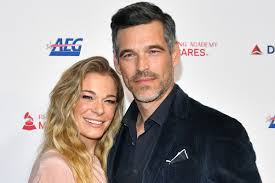 Look Back On LeAnn Rimes and Eddie Cibrian's Love Story - Country Now