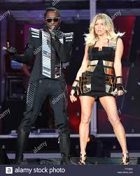 Black Eyed Peas members Will.i.am (L ...