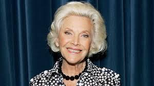 Actress Honor Blackman Dies at 94