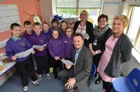 Pennar School welcomes children's champion | Western Telegraph
