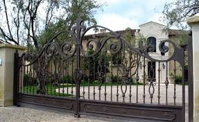 Largest Manufacturer Of Wrought Iron Gates We Can Create Any Design And Beat Any Price Local Iron Gate Design Wrought Iron Gates Wrought Iron Driveway Gates