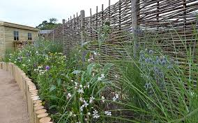 Property Borders Creating Style Security And Privacy For Your Garden David Domoney