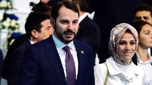 Bakan Albayrak'ın eşi için ahlaksız paylaşımlarda bulunan ...