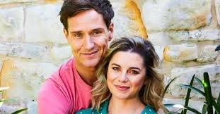 Westside actress Jessica Grace Smith's romantic beachside proposal |  Woman's Day