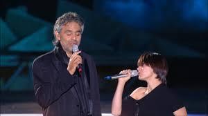 Elisa e Andrea Bocelli La Voce del Silenzio live - YouTube