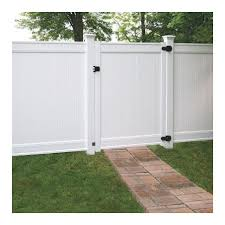 Freedom Common 6 Ft X 5 Ft Actual 6 Ft X 4 83 Ft Emblem White Vinyl Fence G 1001 In 2020 White Vinyl Fence Vinyl Fence Fence Gate