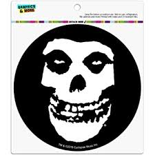 Amazon Com Graphics And More Misfits Fiend Skull Logo Automotive Car Refrigerator Locker Vinyl Circle Magnet Automotive