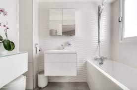 2020 costs to remodel a small bathroom