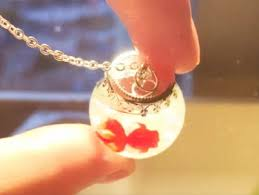how to make a goldfish resin necklace