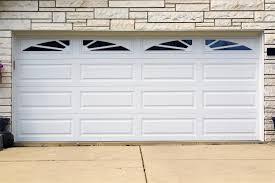 Common Broken Garage Door Problems and Repairs