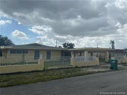 casas y apartamentos en venta en 33055