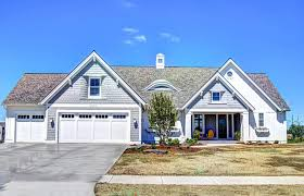 ranch style home with transitional