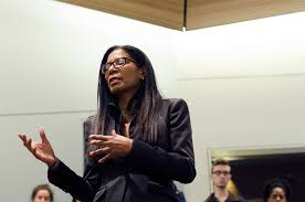 Judy Smith discusses crisis management, TV show - The Daily Orange