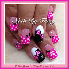 Minnie gel nails #gelnaildesigns | Mickey nails, Disney gel nails ...