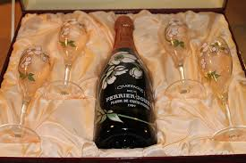 perrier jouet chagne gift set with 4
