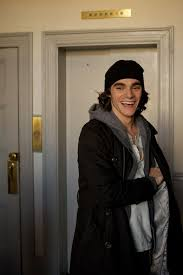 Breaking Bad' costar RJ Mitte on ability, disabilities, and filming in  Portland - oregonlive.com