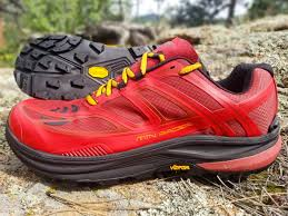 topo athletic mtn racer performance