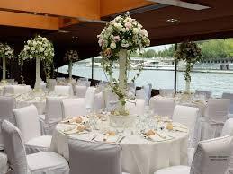 Repas de mariage sur la Seine à Paris | Mariage paris, Mariage, Decoration  table mariage