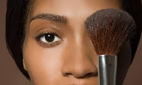 10 makeup essentials for overwhelmed