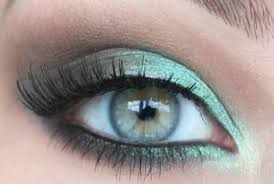 green eye makeup ideas for las