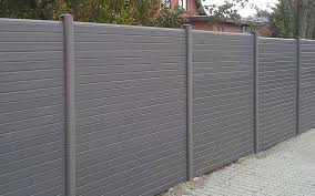 Composite Fencing Vs Traditional Timber Fencing Kents Building Plastics