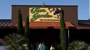 olive garden owner posts solid jump in