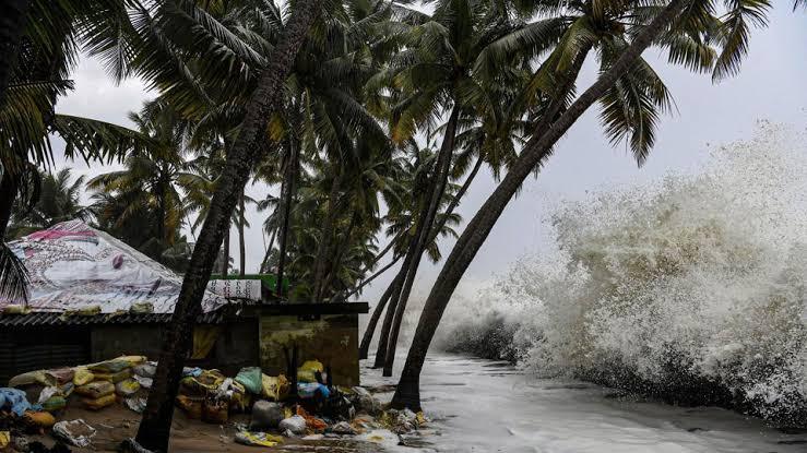 """Resultado de imagen para Cyclone Bulbul in Bangladesh-India"""""""