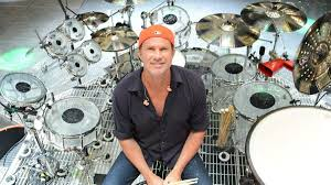 When and where is Red Hot Chili Peppers drummer Chad Smith visiting Naples