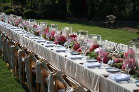 royal dine table decoration idea for
