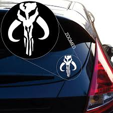 Amazon Com Yoonek Graphics Jaing Head Boba Fett Bounty Hunter Inspired Star Wars Decal Sticker For Car Window Laptop And More 489 4 X 3 White Automotive