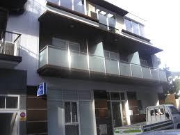 apartment building patio el apartments