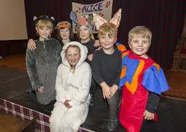 Youngsters put on a cracking Christmas show for Yarrow community   The  Southern Reporter