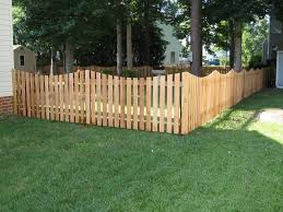 Cheapest Way To Build A Privacy Fence In 2020 Fence Design Wood Fence Backyard Fences