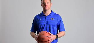 Mike White on Florida basketball, Devin Robinson's big decision ...