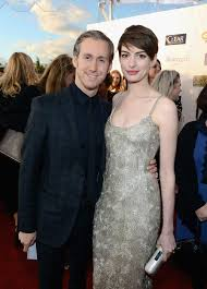 Anne Hathaway and Adam Shulman | Fawn Over All the Fabulous Lovebirds of  Award Season | POPSUGAR Love & Sex Photo 2