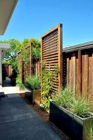 70 Simple Cheap Diy Privacy Fence Design Ideas Page 2 Of 71