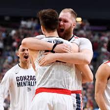 Gonzaga's Przemek Karnowski and Zach Collins Are the PB&J of Basketball Big  Duos - The Ringer