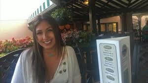 Las Vegas Shooting La Kings Honor Christiana Duarte Slain 22 Year Old Employee Abc7 Los Angeles