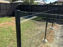 glass pool fencing in morayfield and