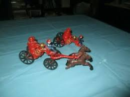 antique cast iron toy horse drawn fire