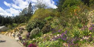 must see gardens in california