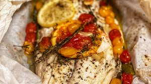 BAKED FISH IN PARCHMENT PAPER ...