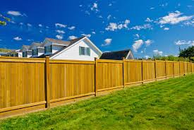 Wood Fence Vs Chain Link Fence Fence Cost Comparison