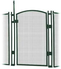 Amazon Com Visiguard Self Closing Latching Pool Fence Child Safety Gate 4 Tall Green 4 Foot Green Garden Outdoor