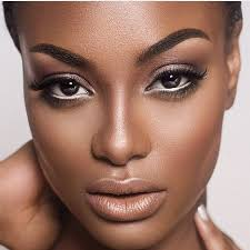 how to wear natural makeup on dark skin