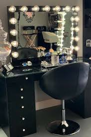 makeup vanity table ideas to assist